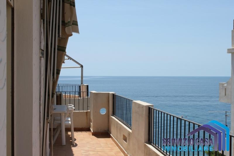 Appartamento in vendita a Letojanni, 4 locali, prezzo € 174.000   PortaleAgenzieImmobiliari.it