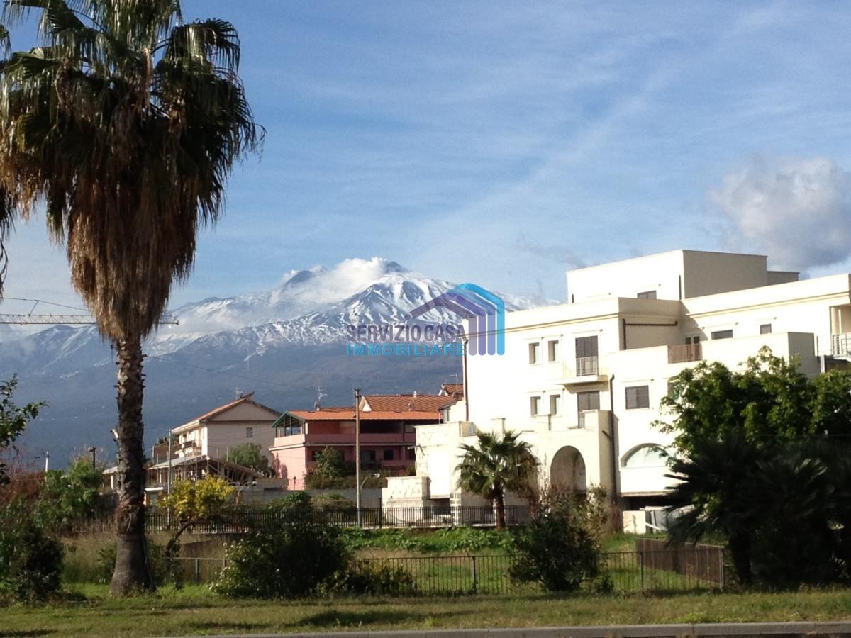 Appartamento in vendita a Giardini-Naxos, 4 locali, prezzo € 254.000 | PortaleAgenzieImmobiliari.it